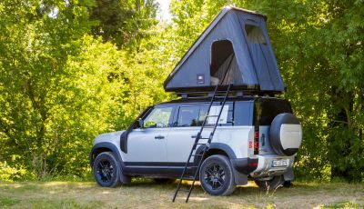 Land Rover Defender 110 con tenda da tetto Autohome
