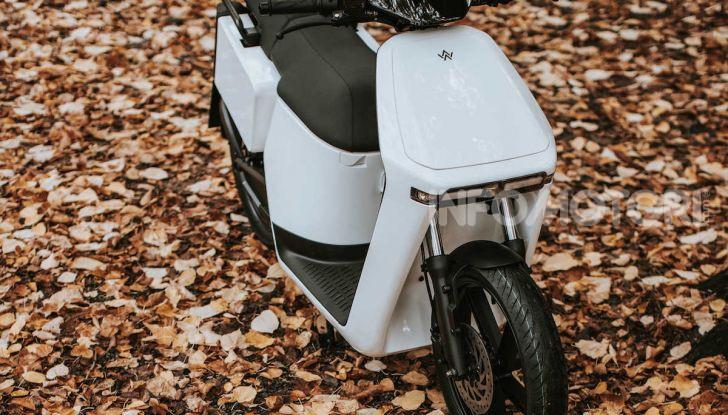 La mobilità elettrica fa WoW: ecco i nuovi scooter in gamma - Foto 2 di 5