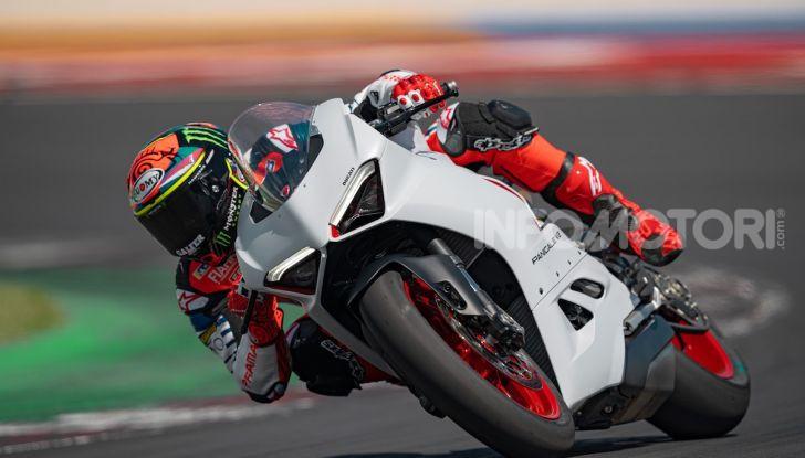 La Ducati Panigale V2 con nuova livrea White Rosso - Foto 5 di 9