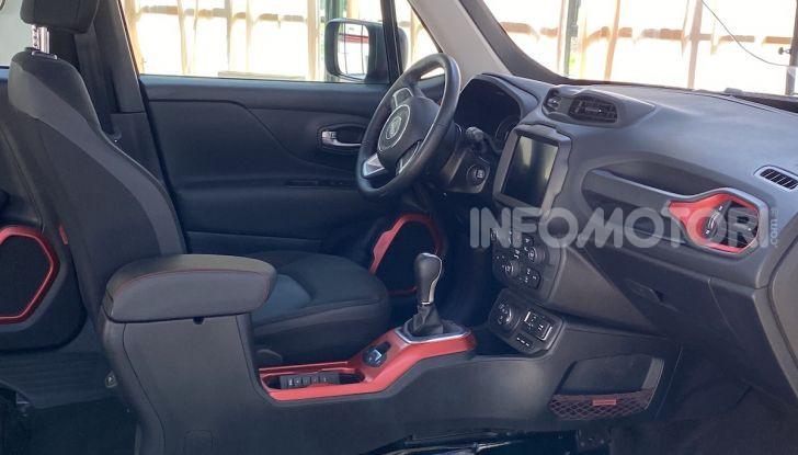 Jeep: Renegade e Compass 4xe ridefiniscono gli standard delle auto ibride plug-in - Foto 19 di 34