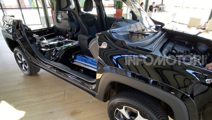 Jeep: Renegade e Compass 4xe ridefiniscono gli standard delle auto ibride plug-in - Foto 17 di 34