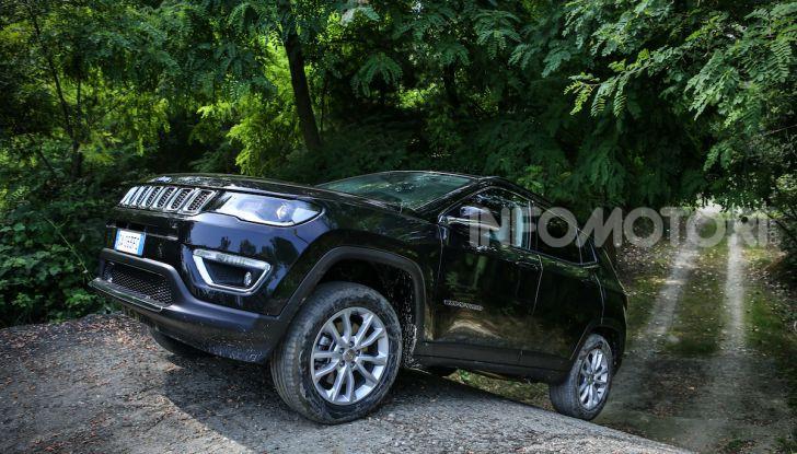 Jeep: Renegade e Compass 4xe ridefiniscono gli standard delle auto ibride plug-in - Foto 12 di 34
