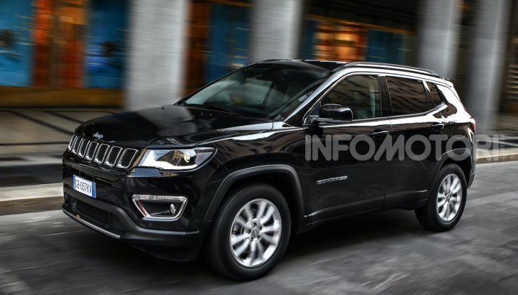 Jeep: Renegade e Compass 4xe ridefiniscono gli standard delle auto ibride plug-in - Foto 11 di 34