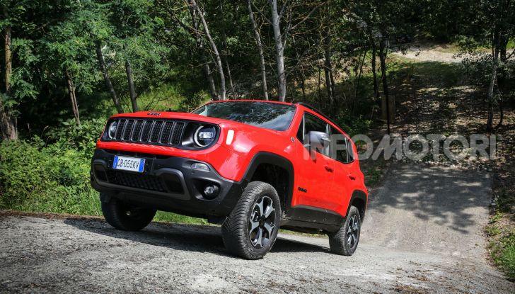 Jeep: Renegade e Compass 4xe ridefiniscono gli standard delle auto ibride plug-in - Foto 7 di 34