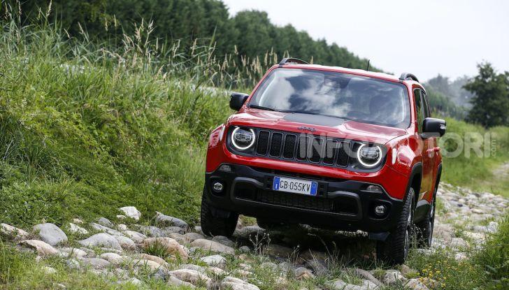 Jeep: Renegade e Compass 4xe ridefiniscono gli standard delle auto ibride plug-in - Foto 5 di 34