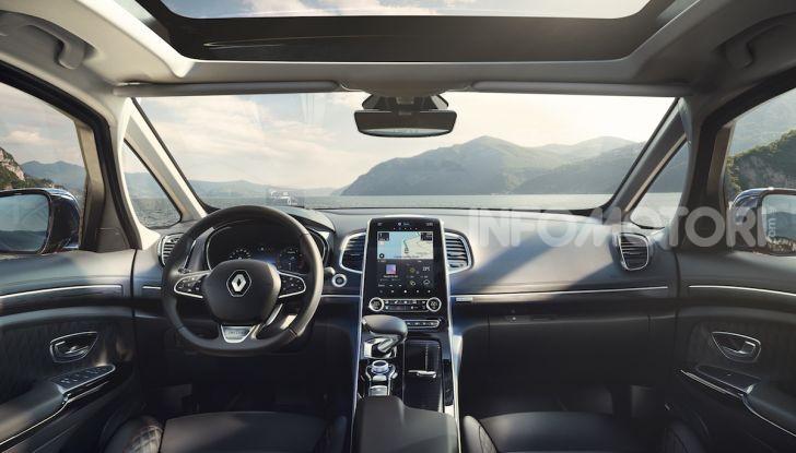 Nuova Renault Espace: look da crossover e tanta tecnologia - Foto 26 di 34