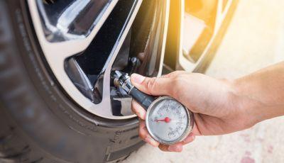 Pneumatici auto: perchè controllarne la pressione è importante?