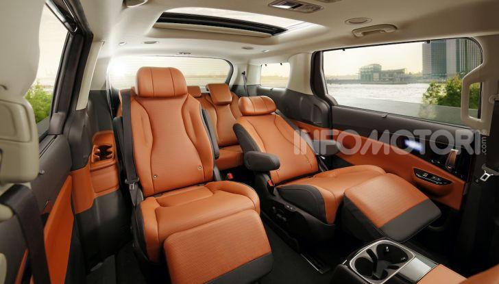 Kia Carnival 2020: il mini van che si sente un SUV - Foto 3 di 11