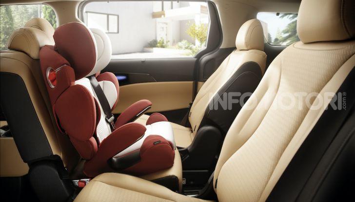 Kia Carnival 2020: il mini van che si sente un SUV - Foto 6 di 11