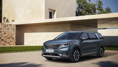 Kia Carnival 2020: il mini van che si sente un SUV