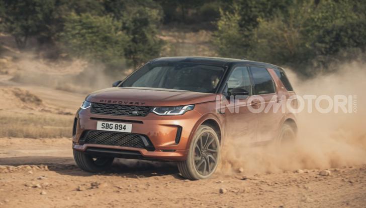 Land Rover Discovery Sport: arriva anche la versione Black - Foto 6 di 9