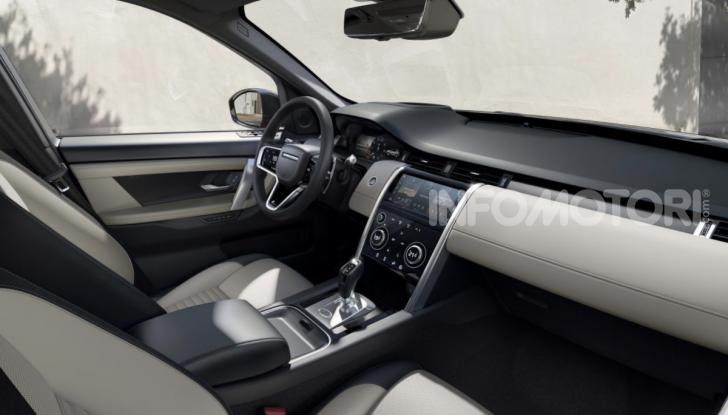 Land Rover Discovery Sport: arriva anche la versione Black - Foto 8 di 9
