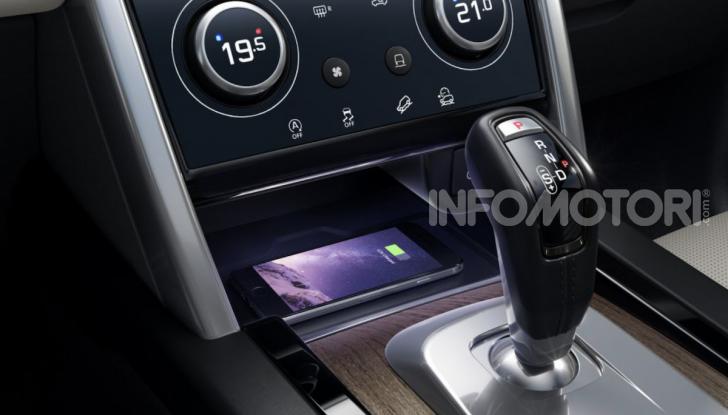 Land Rover Discovery Sport: arriva anche la versione Black - Foto 9 di 9