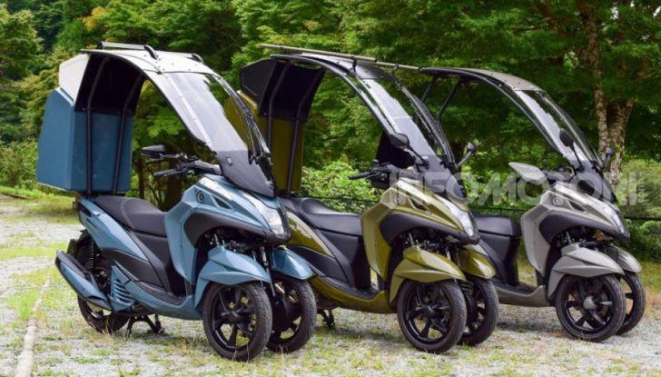 Yamaha Tricity diventa uno scooter da campeggio - Foto 7 di 9