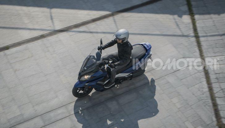 Kymco Downtown 350i TCS: pratico e ancora più sicuro - Foto 10 di 19