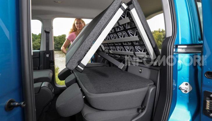 Volkswagen Caddy California: il mini van per i lunghi viaggi - Foto 13 di 13
