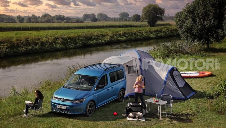 Volkswagen Caddy California: il mini van per i lunghi viaggi - Foto 3 di 13