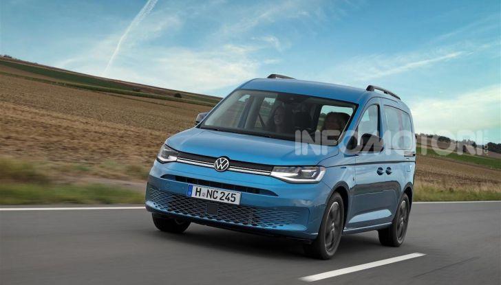 Volkswagen Caddy California: il mini van per i lunghi viaggi - Foto 5 di 13