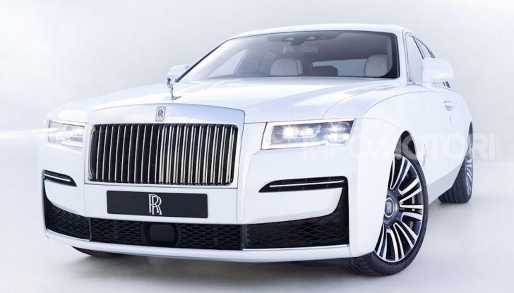 Rolls Royce Ghost: lusso e tecnologia allo stato puro - Foto 6 di 12