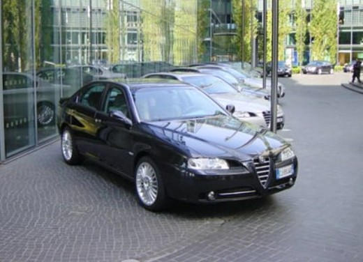 Alfa Romeo nuova 166: Test Drive - Foto 2 di 6