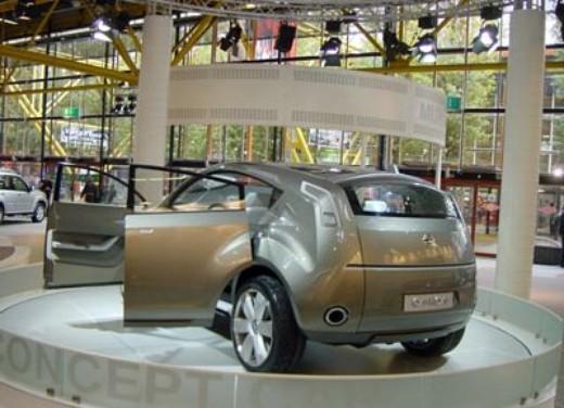 nissan al motor show 2004 - Foto 2 di 8