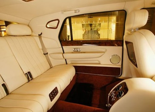 Bentley Arnage Limousine - Foto 3 di 5
