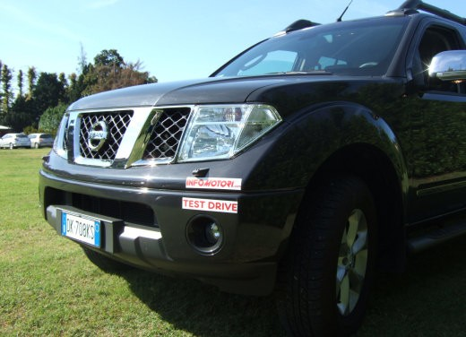 Nissan Navara Double Cab – Long Test Drive - Foto 30 di 38