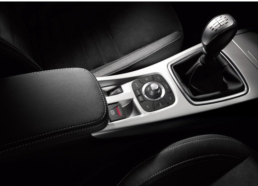 Renault nuova Laguna (III) – Test Drive - Foto 2 di 29