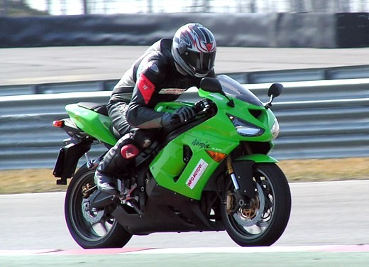Kawasaki Ninja ZX-6R '05: Test Ride