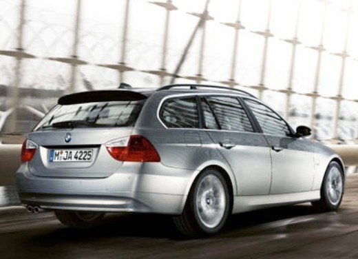 BMW nuova  3 Touring : Test Drive