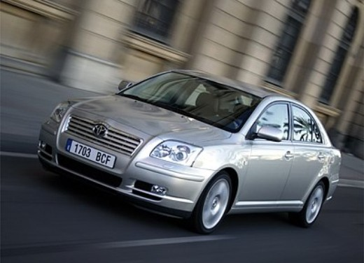 Toyota Avensis 2.2 D-4D: Test Drive