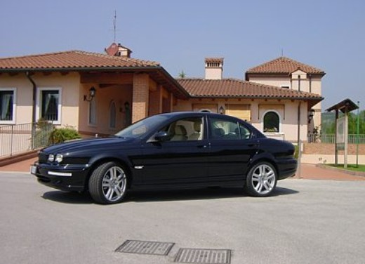 Jaguar X-Type 3.0: Test Drive - Foto 5 di 19