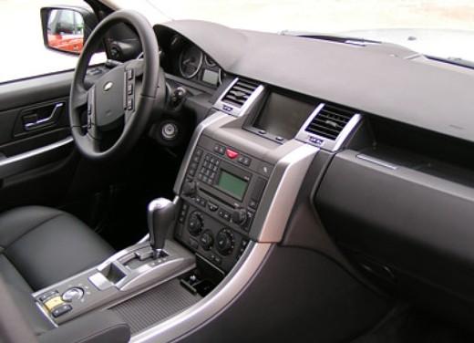 Land Rover Range Rover Sport 2.7TD: Test Drive - Foto 12 di 19