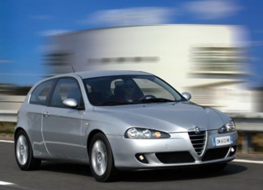 Alfa Romeo 147 nuova gamma con diverse carrozzerie e motorizzazioni