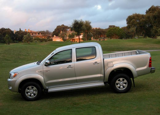 Toyota Hilux: Test Drive - Foto 8 di 20
