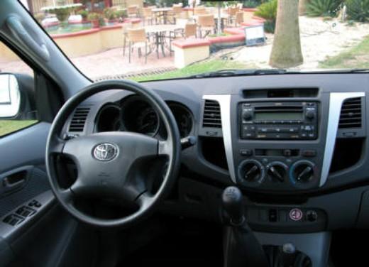 Toyota Hilux: Test Drive - Foto 15 di 20