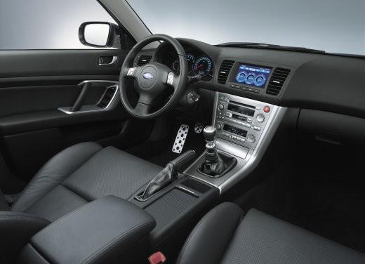 Subaru Legacy 3.0R – Test Drive - Foto 9 di 11