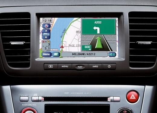 Subaru Legacy 3.0R – Test Drive - Foto 10 di 11