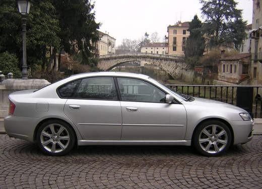 Subaru Legacy 3.0R – Test Drive - Foto 3 di 11