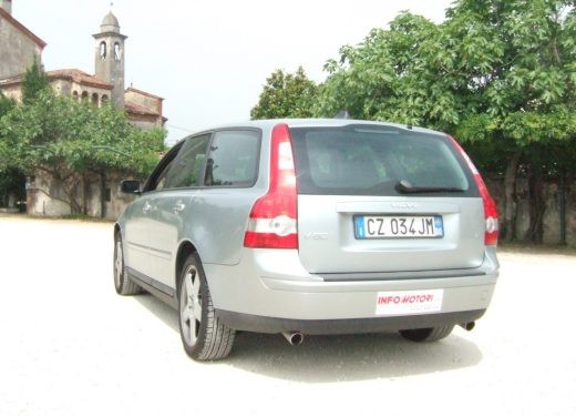 Volvo V50 D5 – Long Test - Foto 10 di 21
