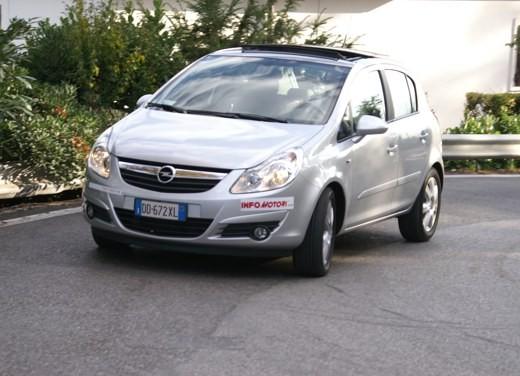 Opel Corsa - Foto 41 di 131
