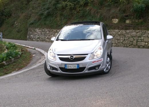 Opel Corsa - Foto 42 di 131