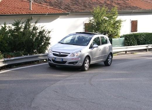 Opel Corsa - Foto 44 di 131