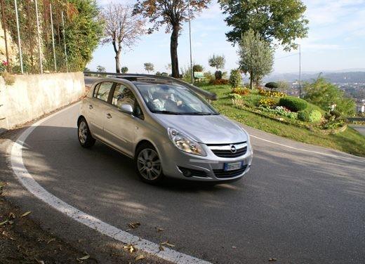 Opel Corsa - Foto 45 di 131