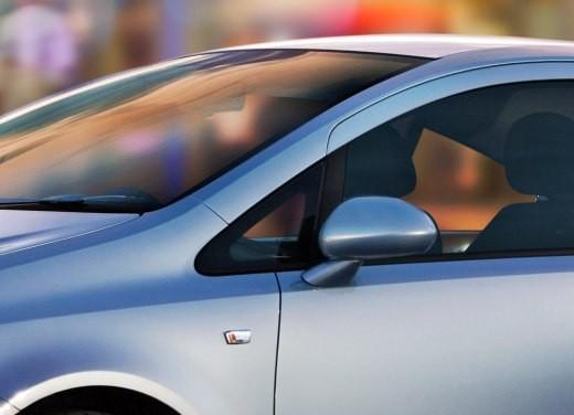Opel Corsa - Foto 21 di 131
