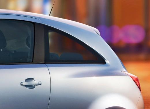 Opel Corsa - Foto 22 di 131