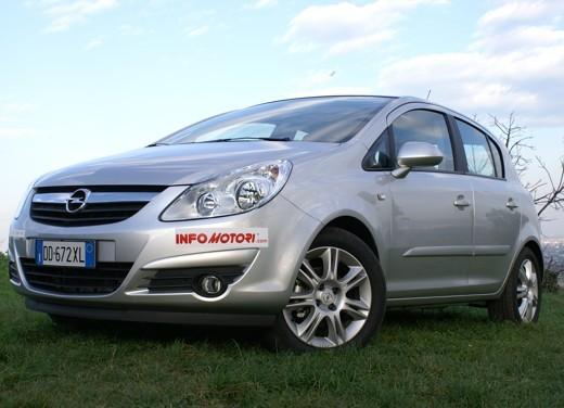 Opel Corsa - Foto 57 di 131