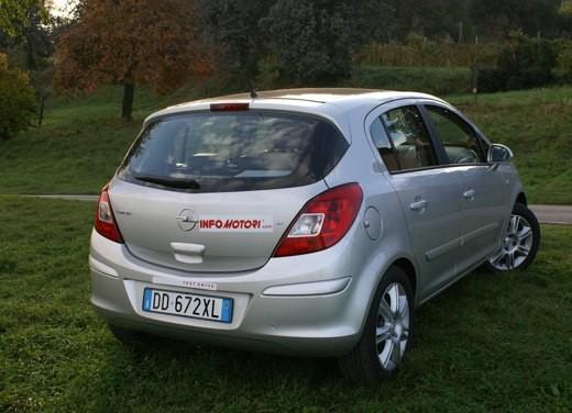 Opel Corsa - Foto 58 di 131