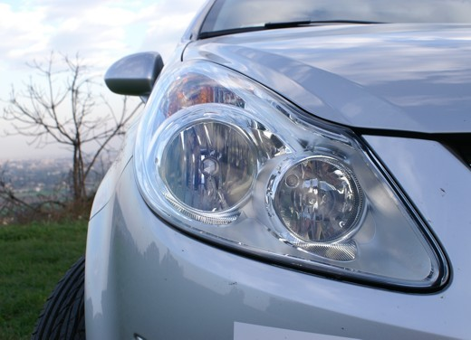 Opel Corsa - Foto 65 di 131