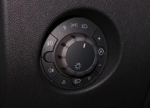 Opel Corsa - Foto 35 di 131